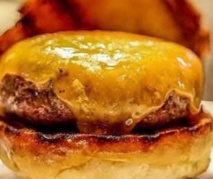 Quando menos é mais: os ingredientes que caracterizam um burger